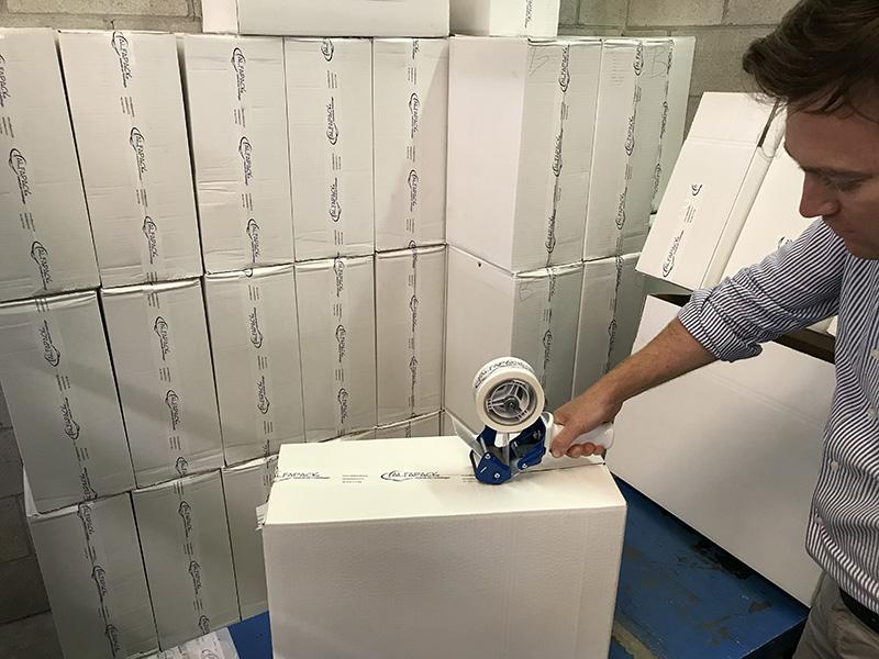 imballaggio con tendinastro